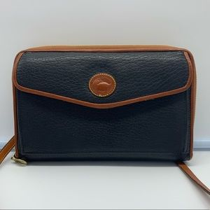 DOONEY & BOURKE vintage black crossbody wallet